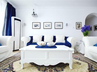 地中海客厅沙发背景墙效果图