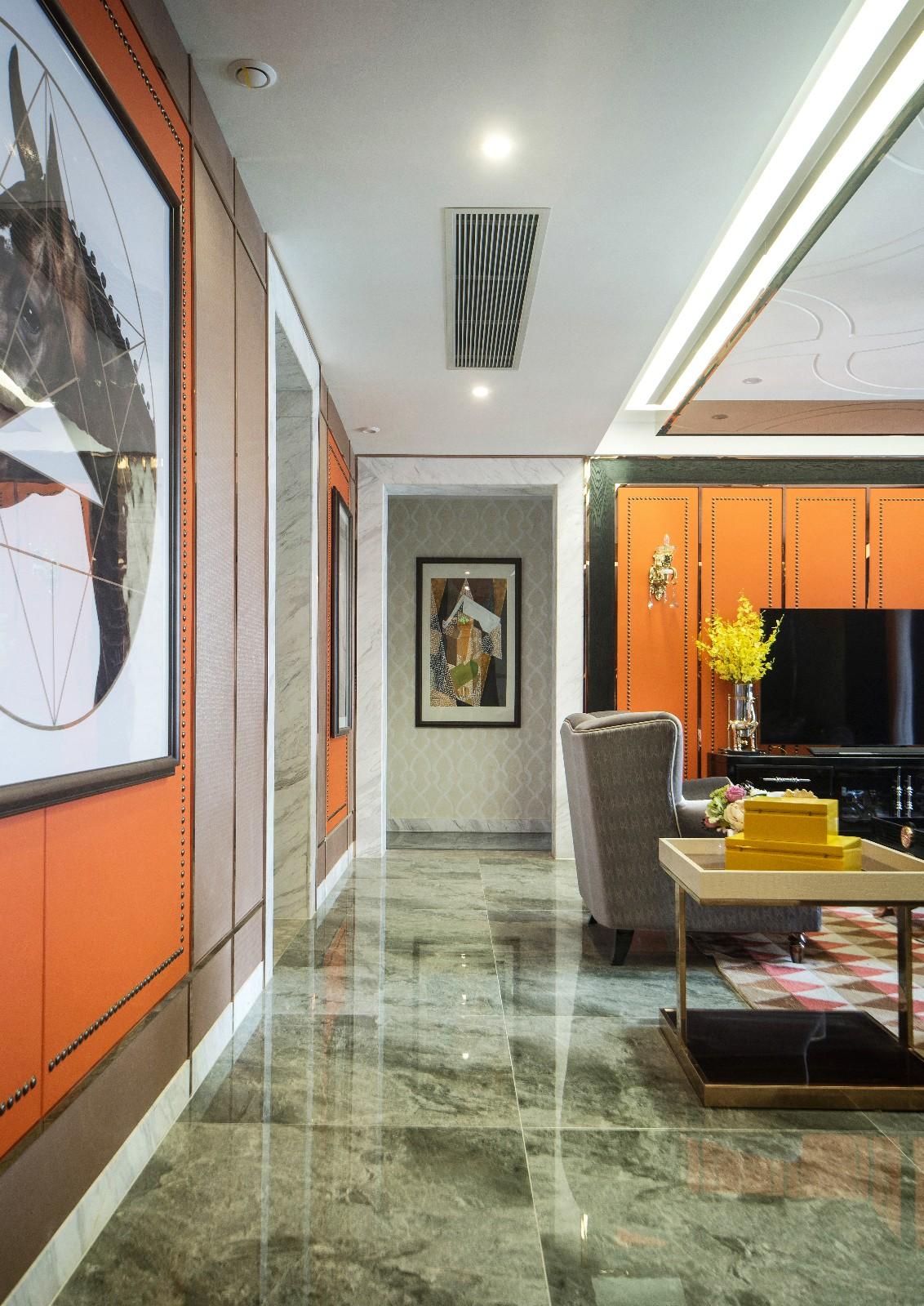 现代客厅过道实景图