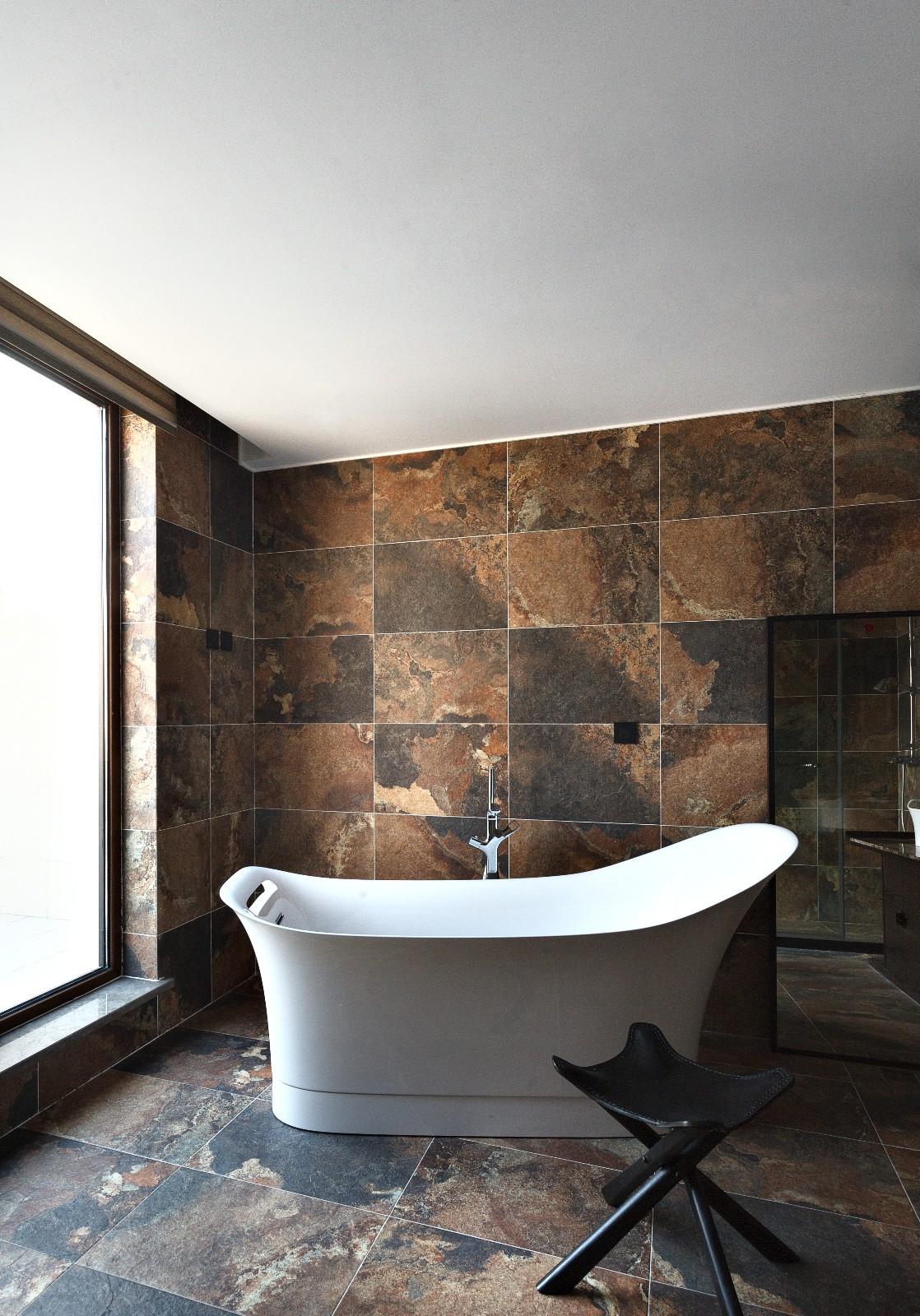 中式卫生间背景墙实景图