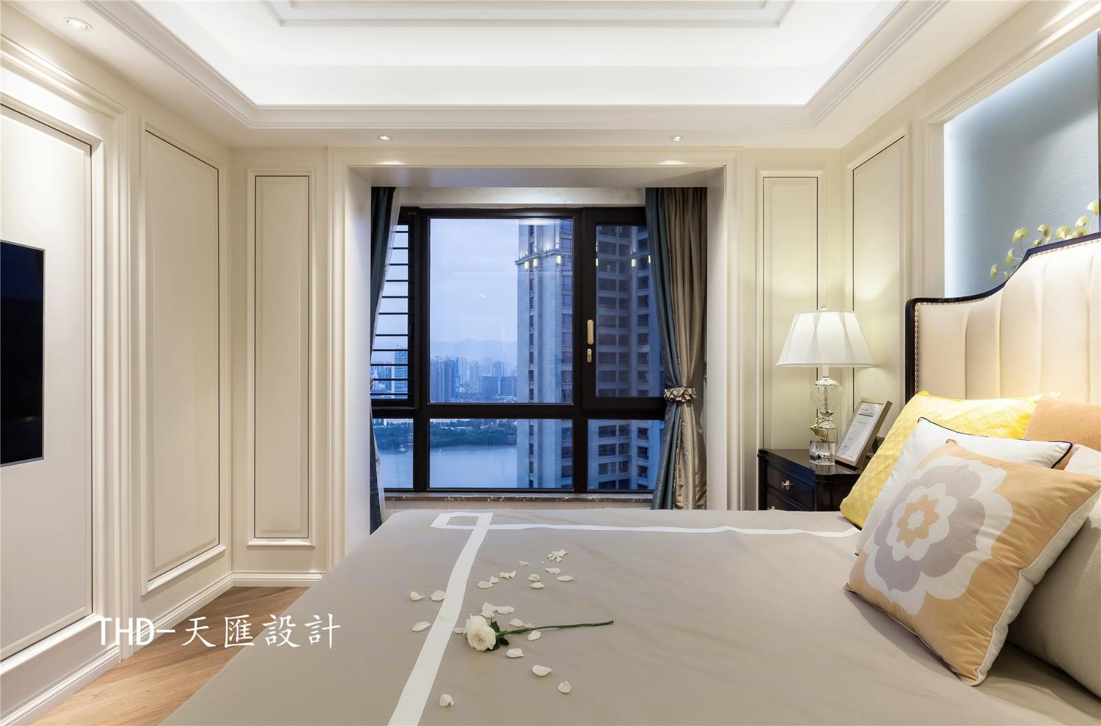 美式卧室吊顶实景图