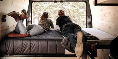 Native推出两款露营车分布是biggie和smalls