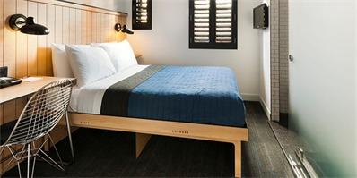 他们说酒店房间应该淘汰壁橱设计,行李要放哪?